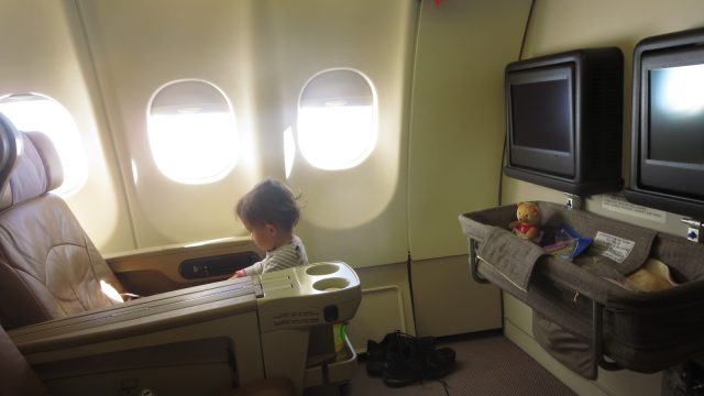 マイレージでシンガポール航空ビジネスクラス 息子1歳